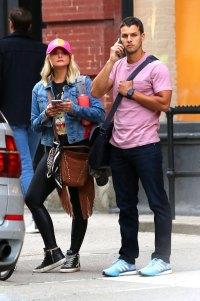Miranda Lambert and Husband Brendan McLoughlin At NYC Apartment