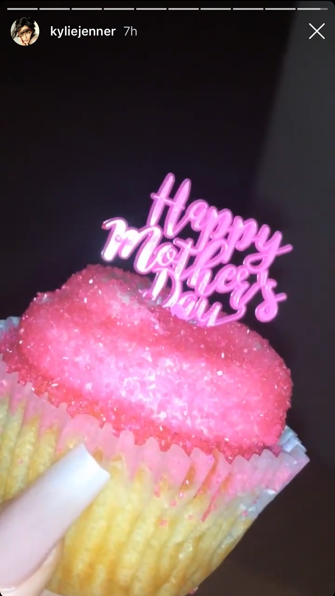 "Mothers' Day Meals - The Kylie Cosmetics founder, who shares 15-month old daughter Stormi Webster with boyfriend Travis Scott , seemingly had a low-key celebration to mark her second Mother's Day. The Keeping Up With the Kardashians star took to her Instagram Stories to give her followers a close-up look at a cute cupcake that was decorated with pink icing, matching sprinkles and a coordinating ""Happy Mother's Day"" decoration."