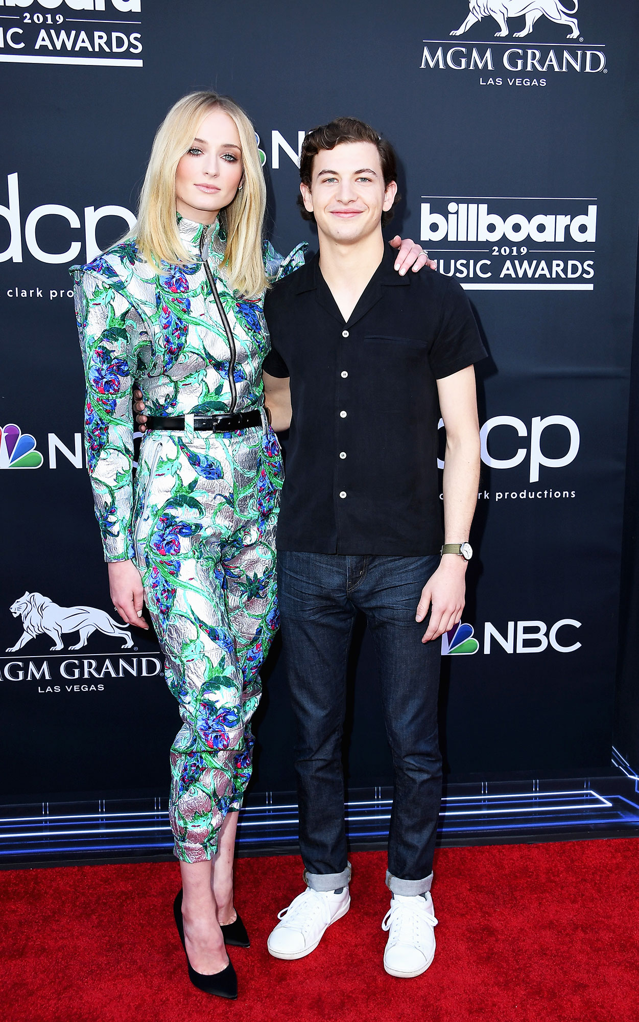 See the Hottest Couples at the BBMAs Sophie Turner and Tye Sheridan - While we would have loved to see the now-newlywed Turner pose with Joe Jonas, she looked fierce in a Louis Vuitton jumpsuit alongside her X-Men costar.