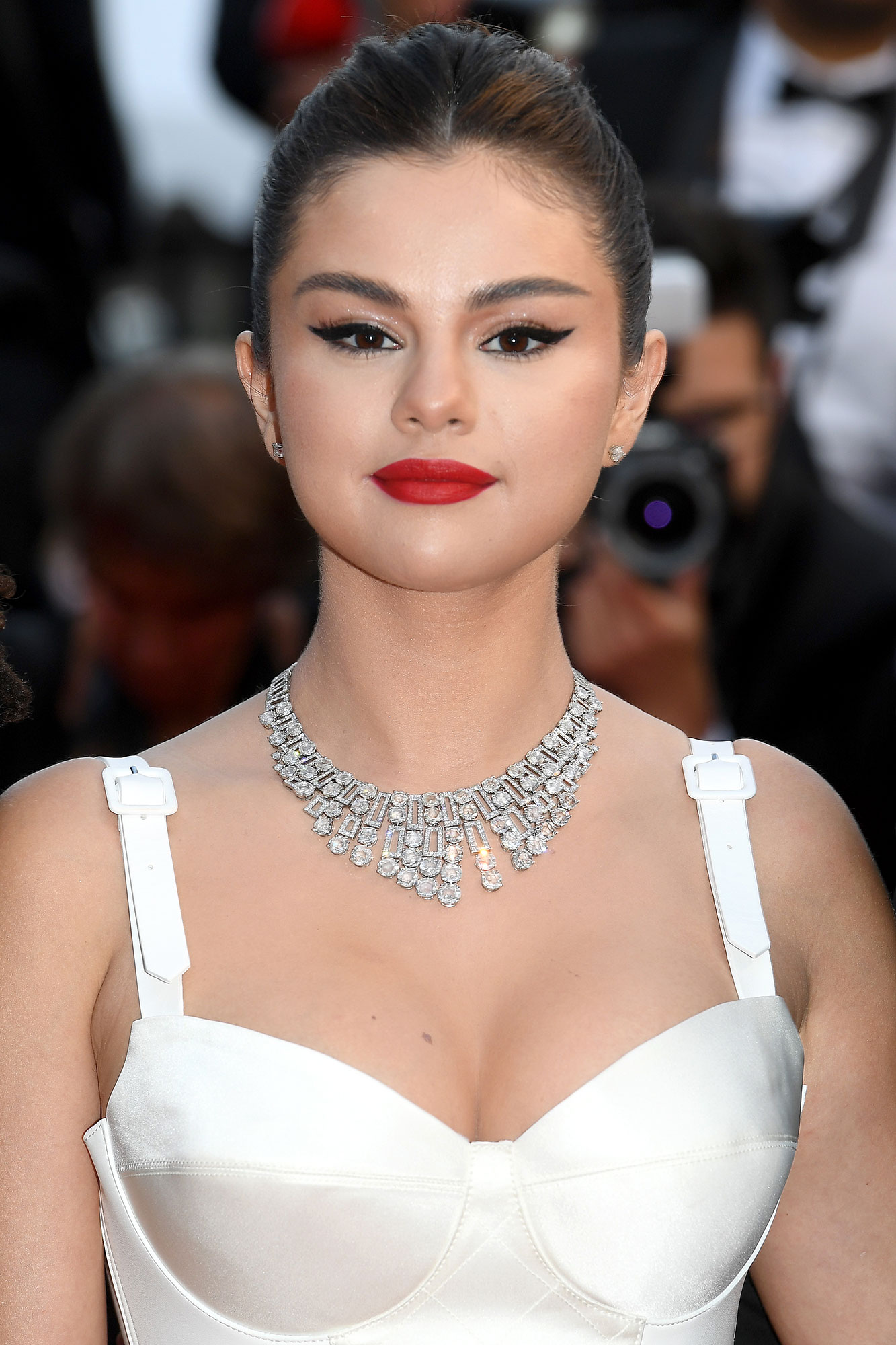 Selena Gomez Cannes - The High Jewelry Cinemagia from Bulgari paired with the matching ring totalled over 100 carats in diamonds.