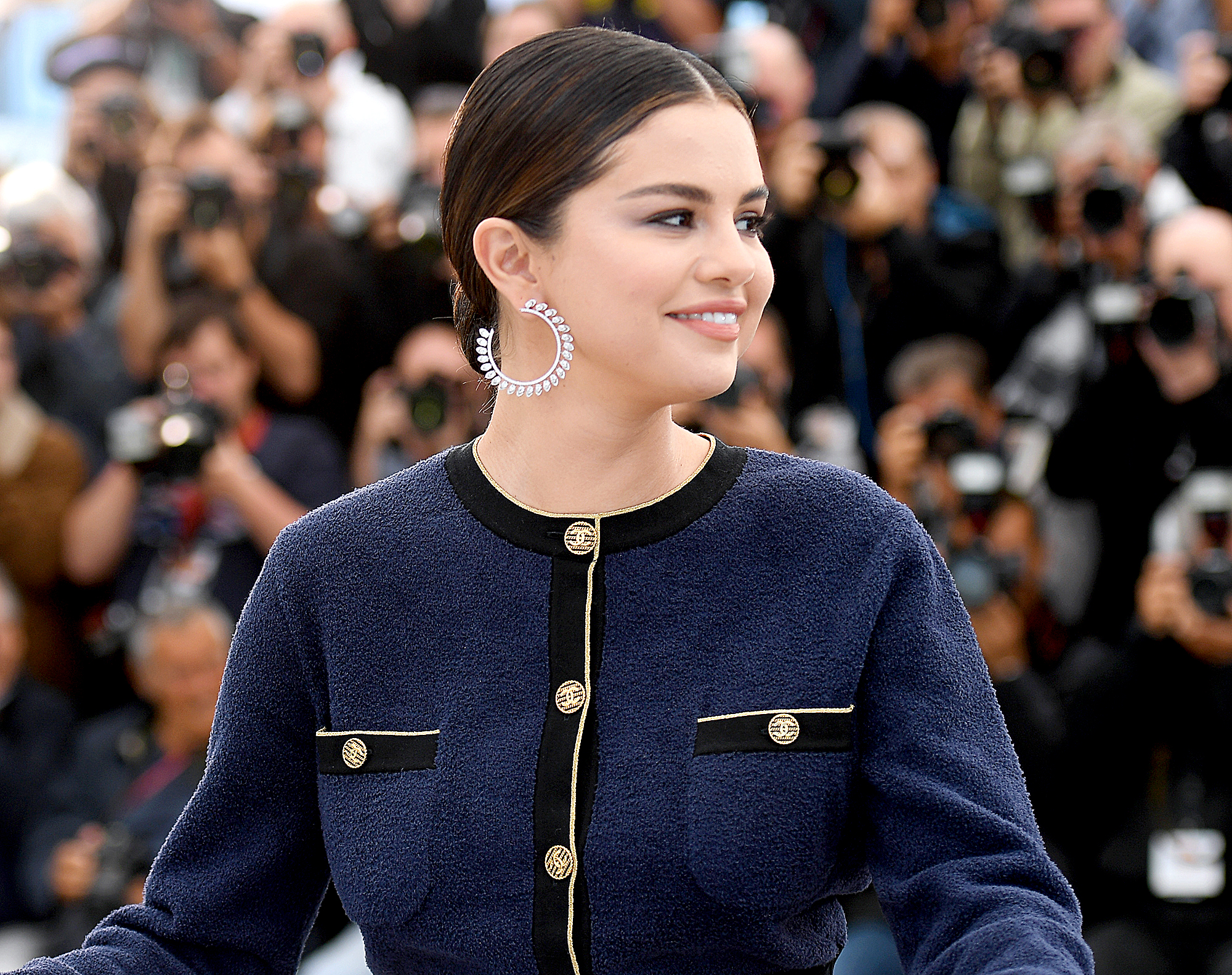 """Selena-Gomez-Cannes - CANNES, FRANCE – MAY 15: Selena Gomez attends the photocall for """"The Dead Don't Die"""" during the 72nd annual Cannes Film Festival on May 15, 2019 in Cannes, France. (Photo by Stephane Cardinale – Corbis/Corbis via Getty Images)"""