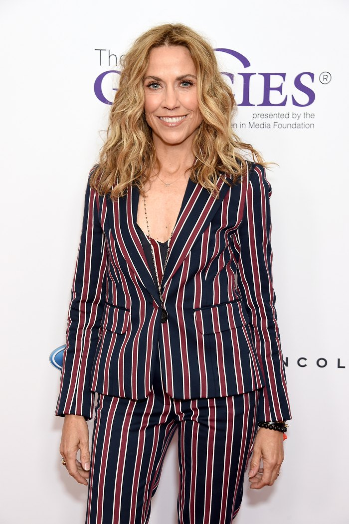 Sheryl Crow Jokes About Her Broken Engagements