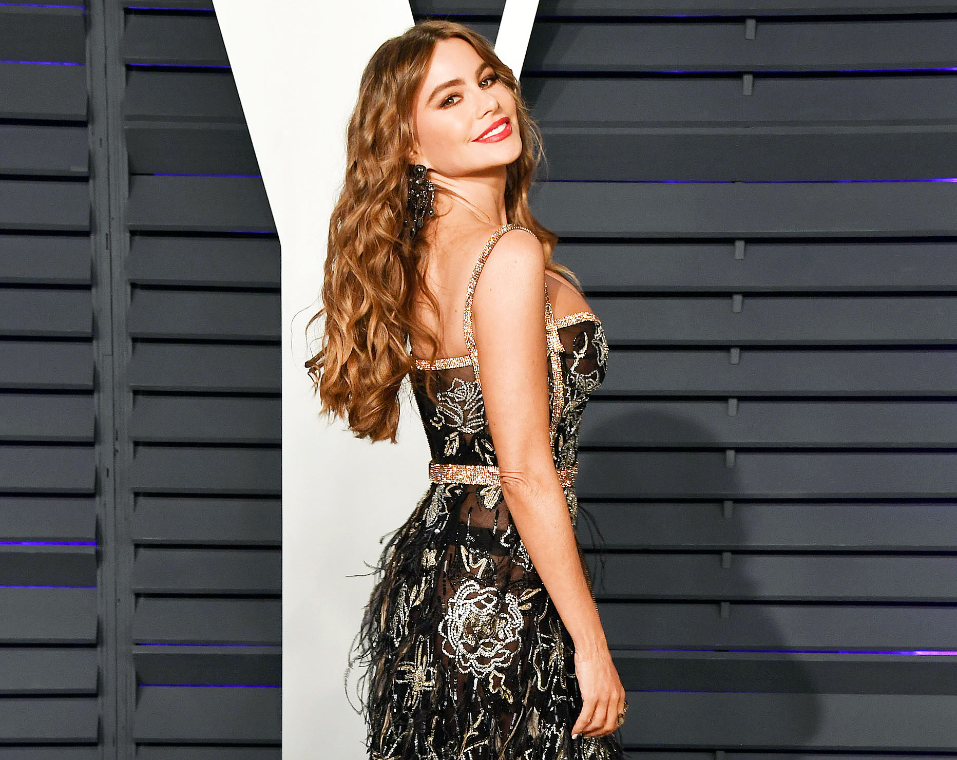 Sofia Vergara EBY Shapewear Comfortable - Sofia Vergara attends the Vanity Fair Oscar Party at Wallis Annenberg Center for the Performing Arts on February 24, 2019 in Beverly Hills.