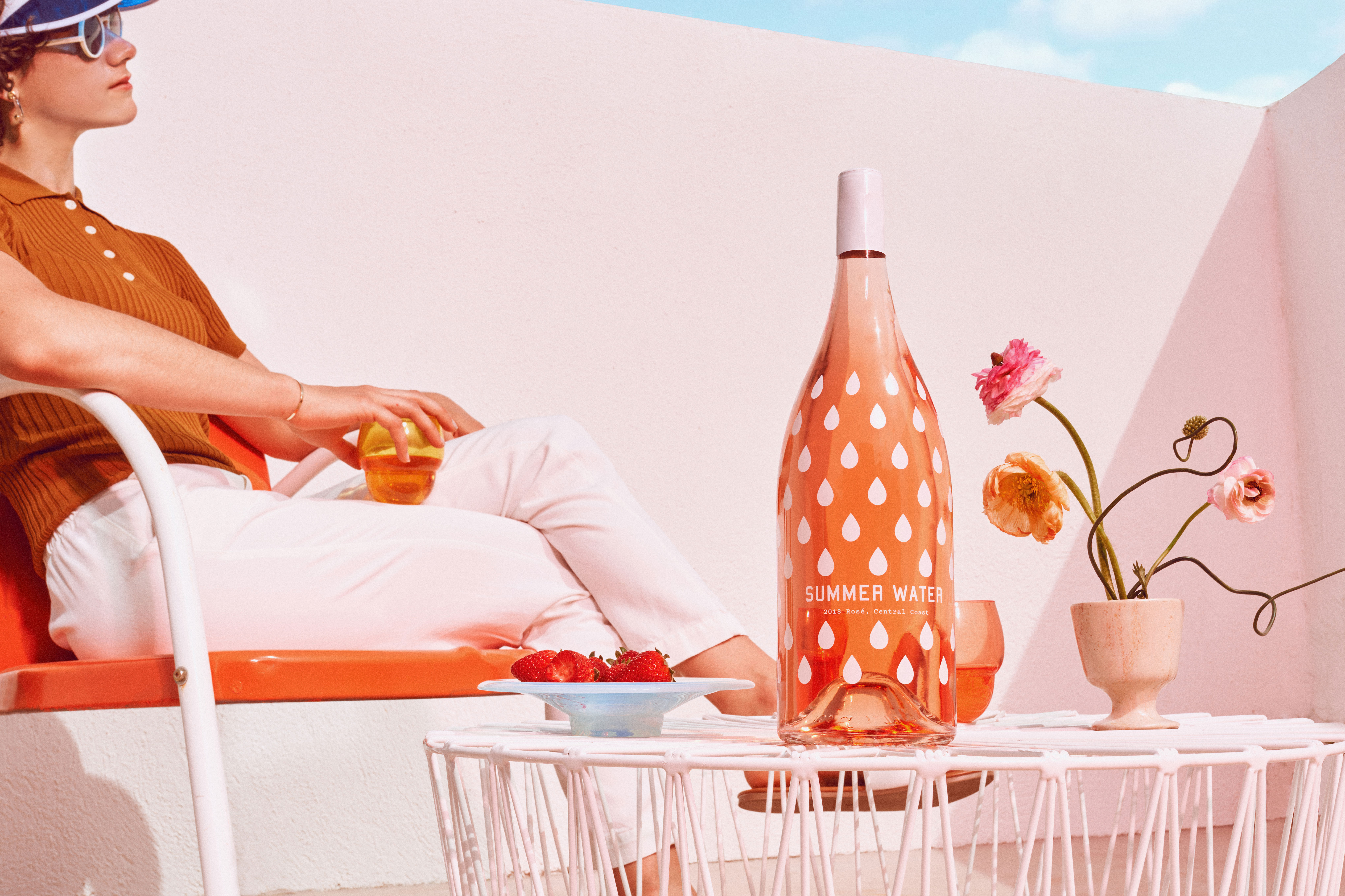 Summer Water Rosé Wine Subscription Mother's Day Gifts for the Foodie in Your Life - What's better than one bottle of rosé for mom? A whole season's worth of a version of the trendy pink drink called Summer Water!