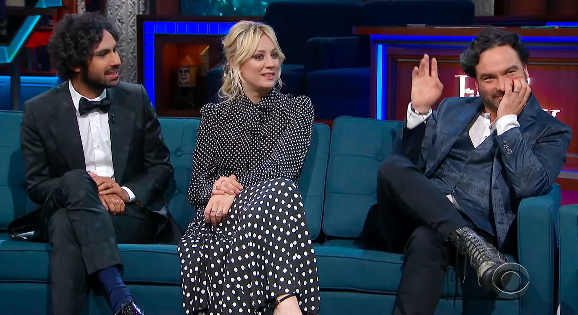 The Late Show With Stephen Colbert Kunal Nayyar Kaley Cuoco Johnny Galecki Sex In Big Bang Theory Dressing Room