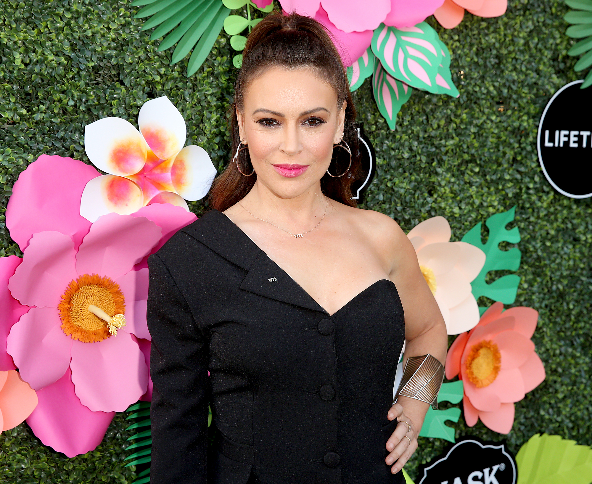 Hacked Alyssa Milano nude (79 foto and video), Tits, Is a cute, Boobs, legs 2017