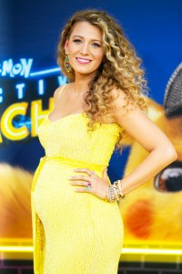 Blake Lively Baby Bump With Bouncy Curls and Glowing Makeup at the 'Pokémon Detective Pikachu' Premiere