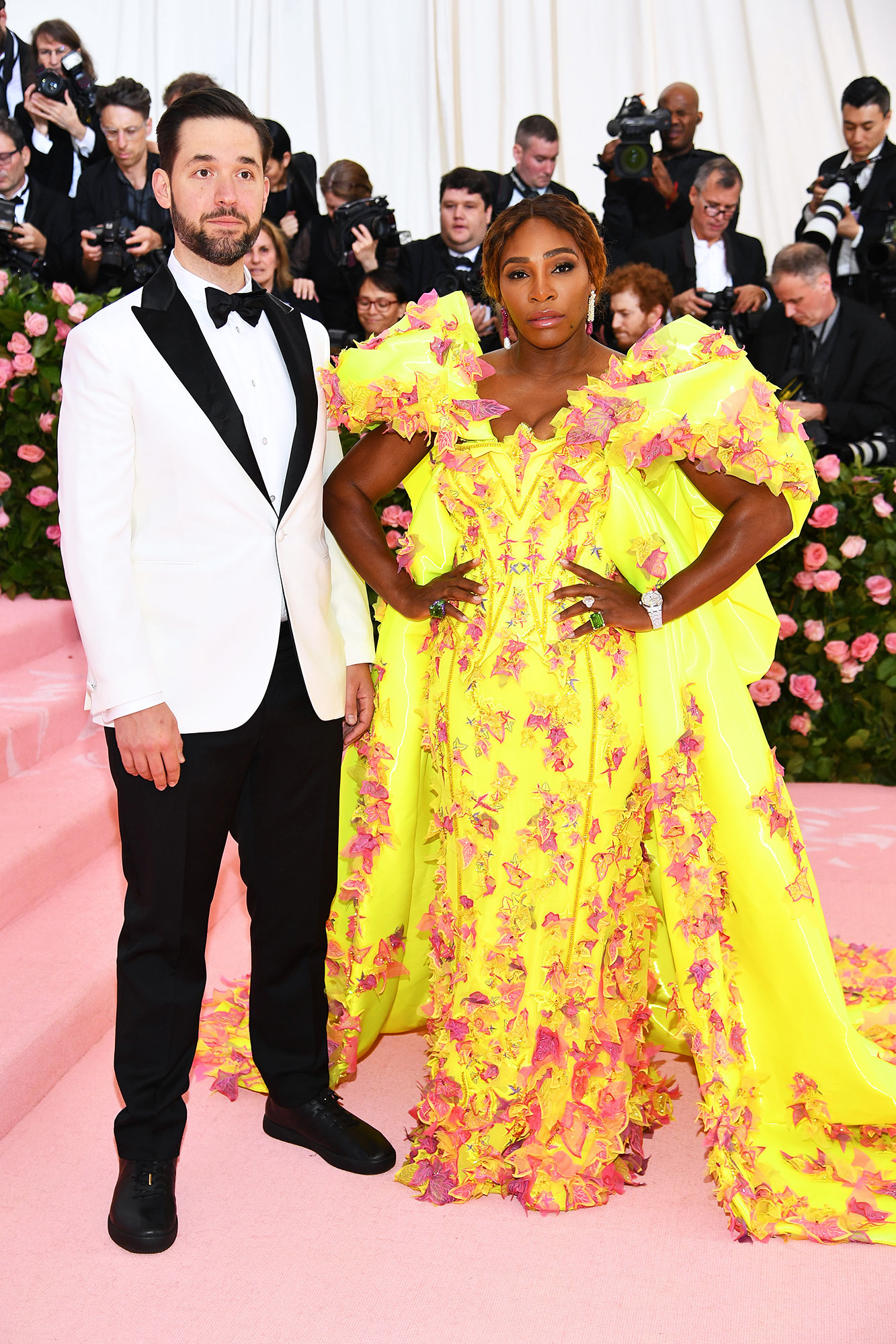 Serena Williams and Alexis Ohanian met gala 2019 couples - The evening's co-host was all about the flower power in Versace (special shoutout to her Off-White x Nike kicks), while her hubby kept things classic in a black and white tux.