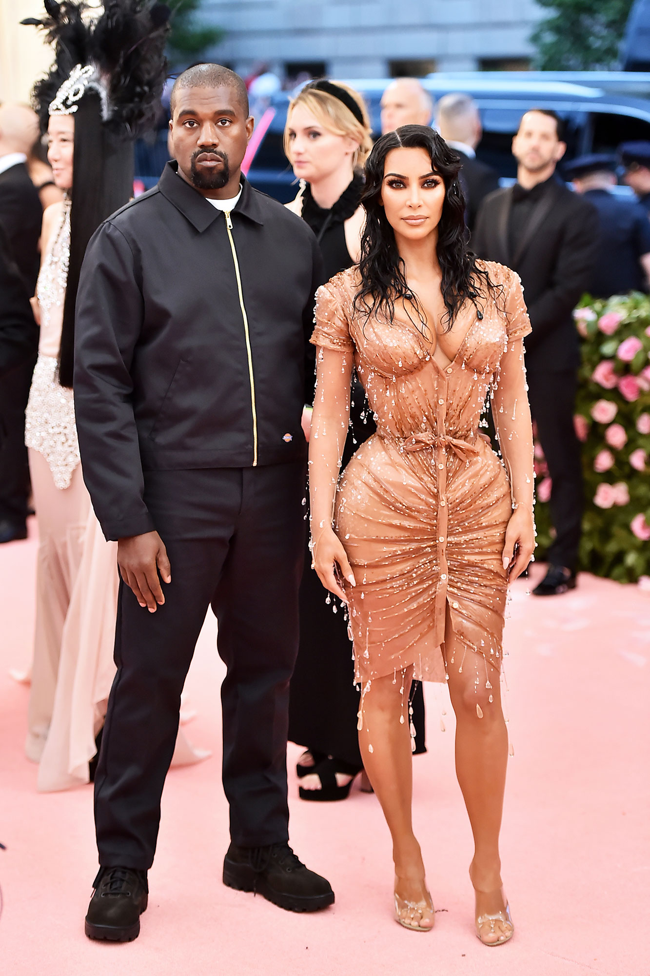 Kanye West and Kim Kardashian West met gala 2019 couples - The rapper rocked all black everything, which allowed his better half to take centerstage in her shape-shifting Mugler mini.