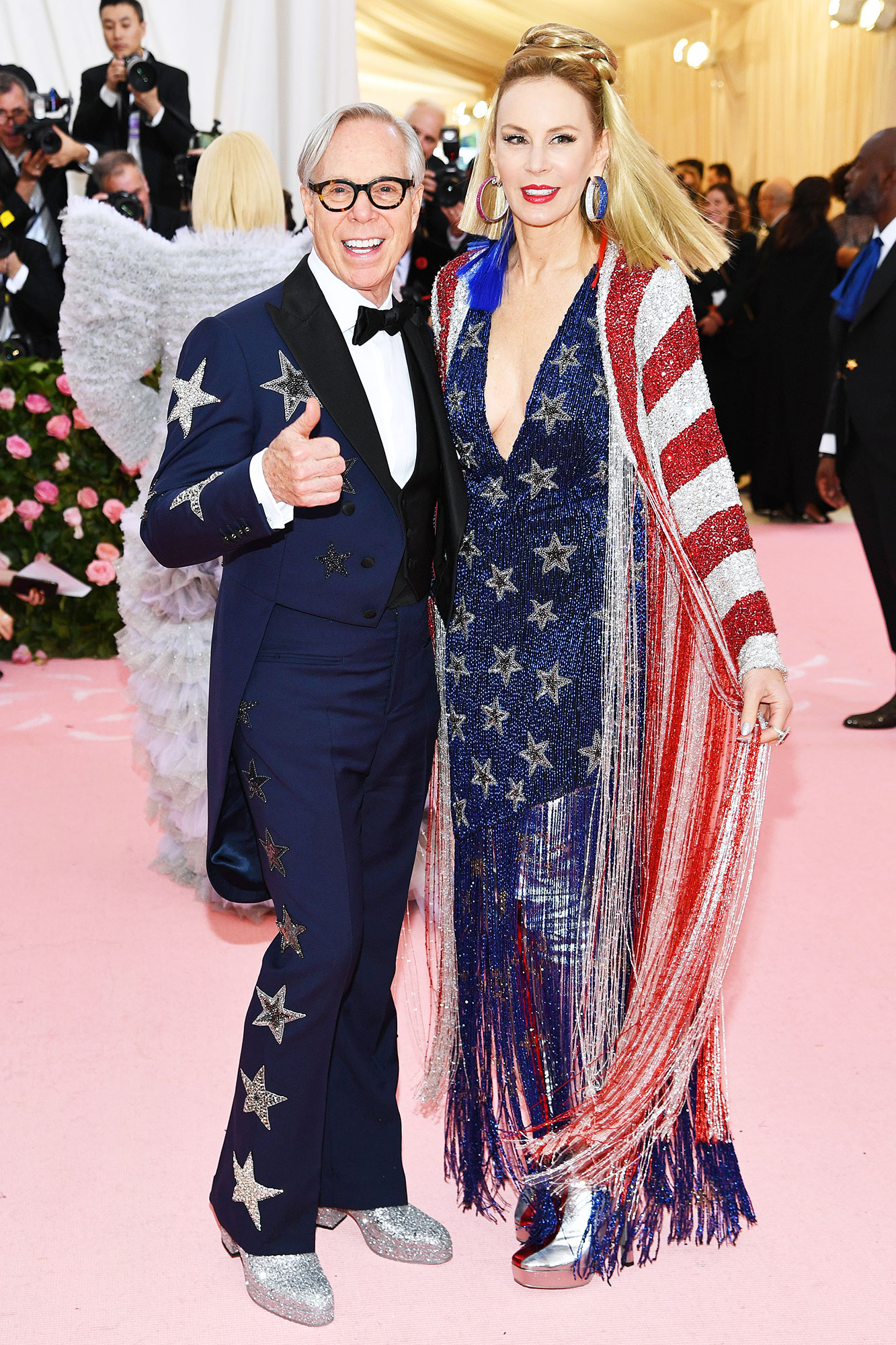 Tommy Hilfiger and Dee Hilfiger met gala 2019 - Wearing Americana-inspired Tommy Hilfiger designs.