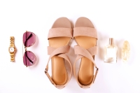 sandals-getty-hed