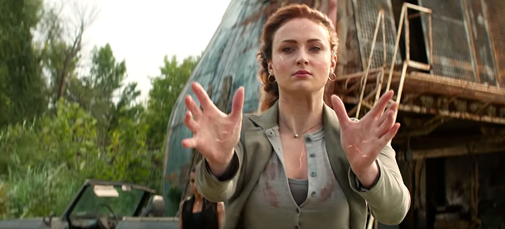 Can't Miss Summer Movie Preview - Goodbye, Sansa Stark. Fresh off the end of Game of Thrones , Sophie Turner returns as Jean Grey in the 12th X-Men film.
