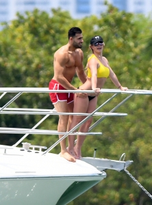 Britney Spears 'Had the Time of Her Life' in Miami With Sam Asghari