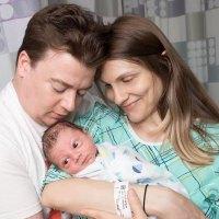 Danny Tamberelli and Kathryn Detweiler and Newborn Son Alfie