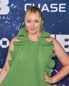 Iskra Lawrence Slams Nike Plus-Size Mannequin Haters