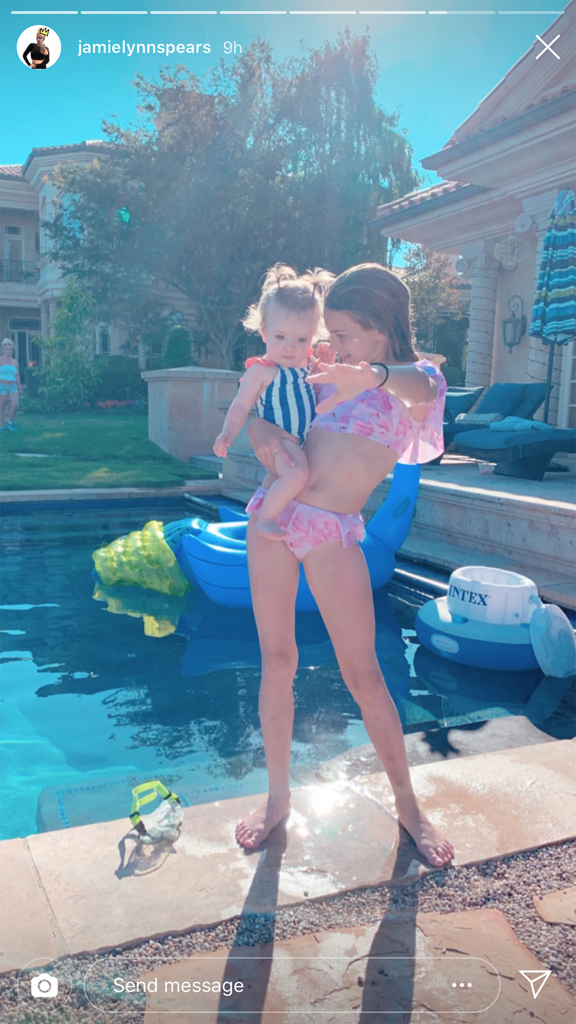 Jamie Lynn Spears Daughters Pool Party Britney Spears House