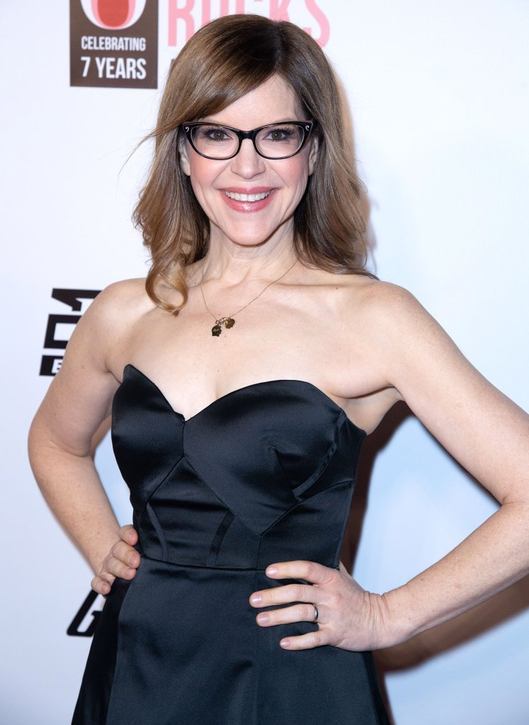 Lisa Loeb Attends 7th Annual She Rocks Awards Wearing Black Dress Whats in My Bag