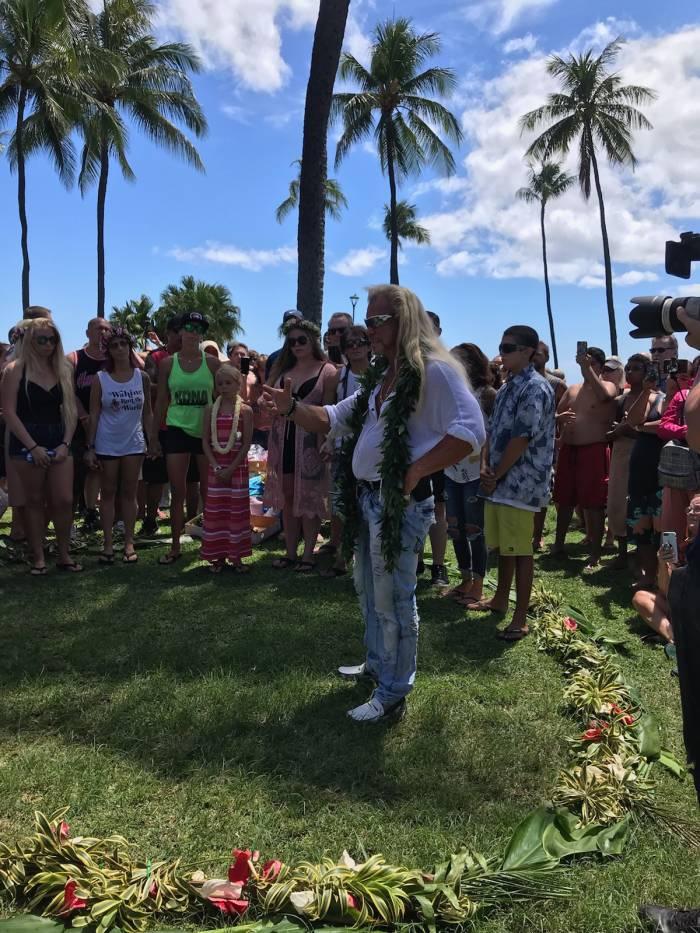 Dog the Bounty Hunter speaks at wife Beth Chapman's Hawaii memorial service