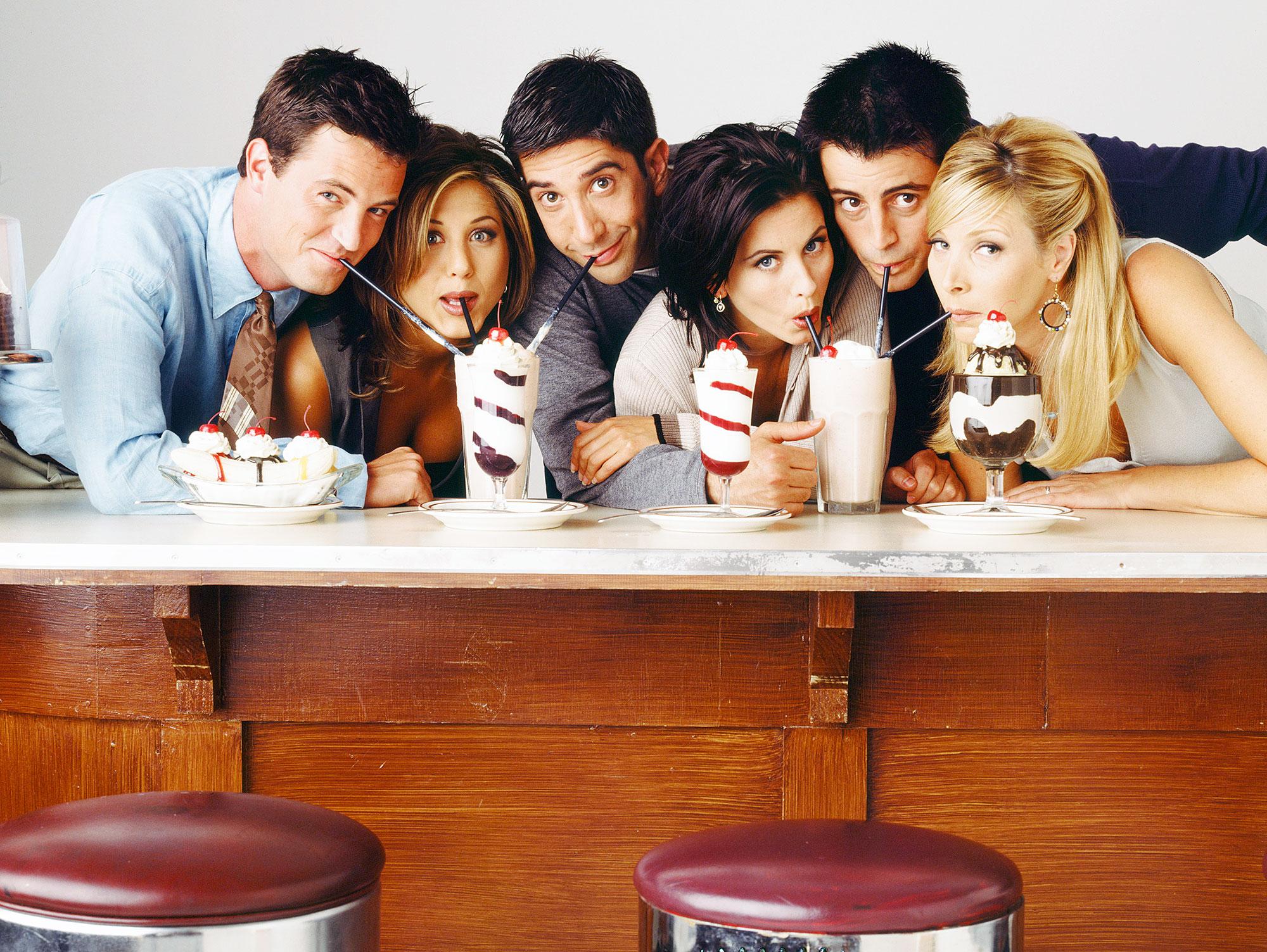 Matthew Perry Friends Season 2
