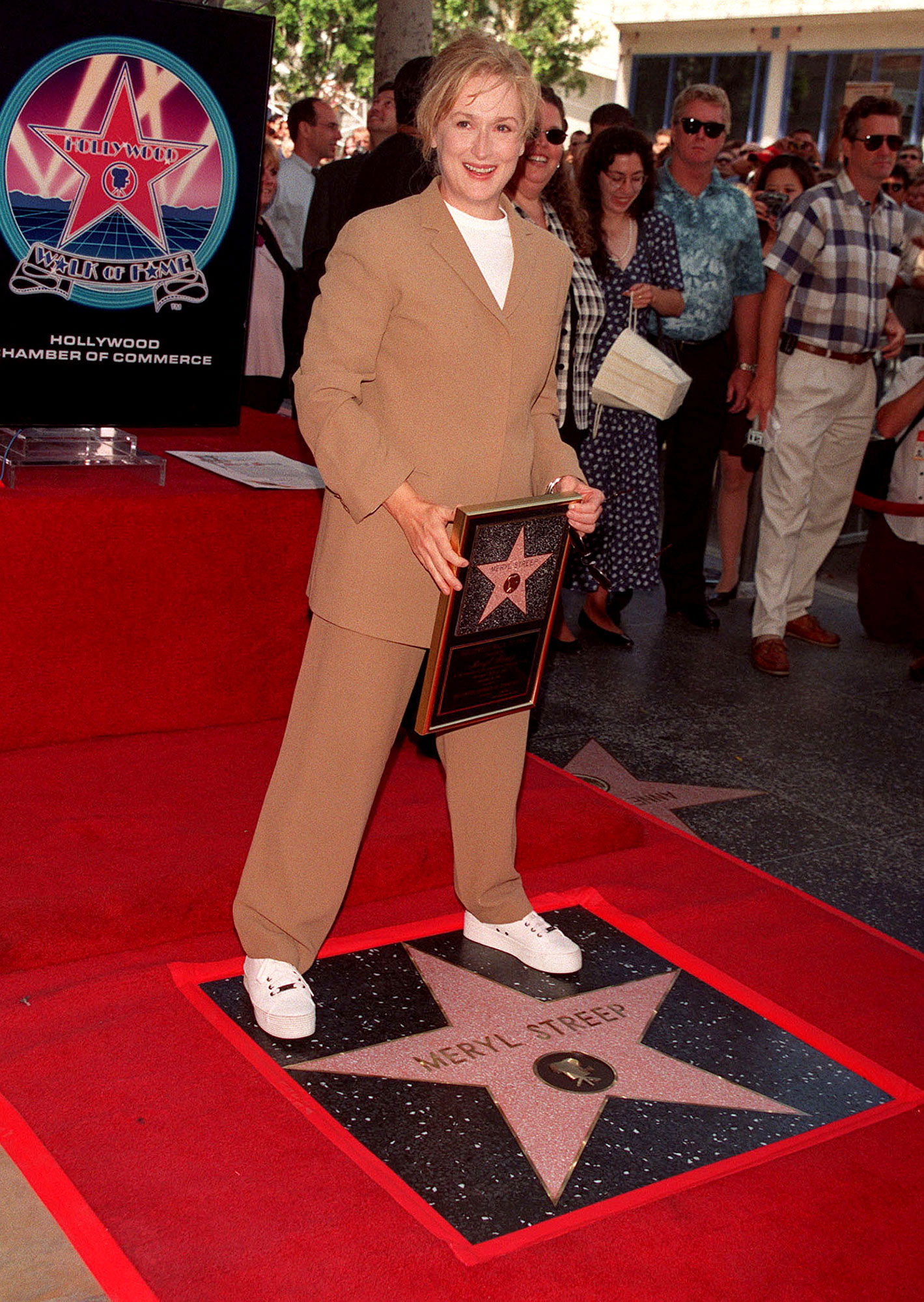 Meryl Streep Walk Of Fame White Sneakers Brown Suit - Too cool for school! The icon was '90s perfection when she received her star on the Hollywood Walk of Fame in September 1998.