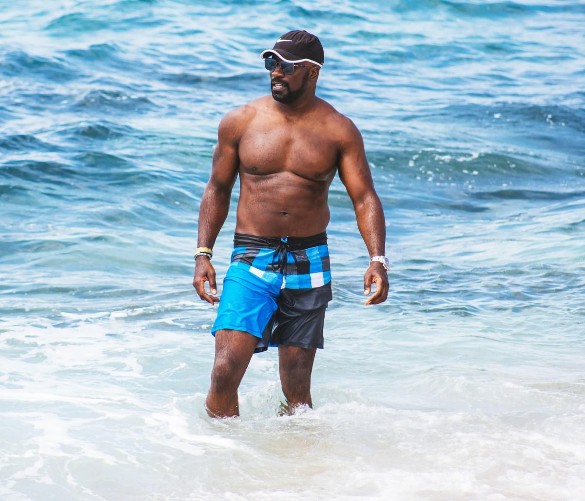 72e69d60ec Hottest Celebrity Men at the Beach in Swim Trunks, Shirtless