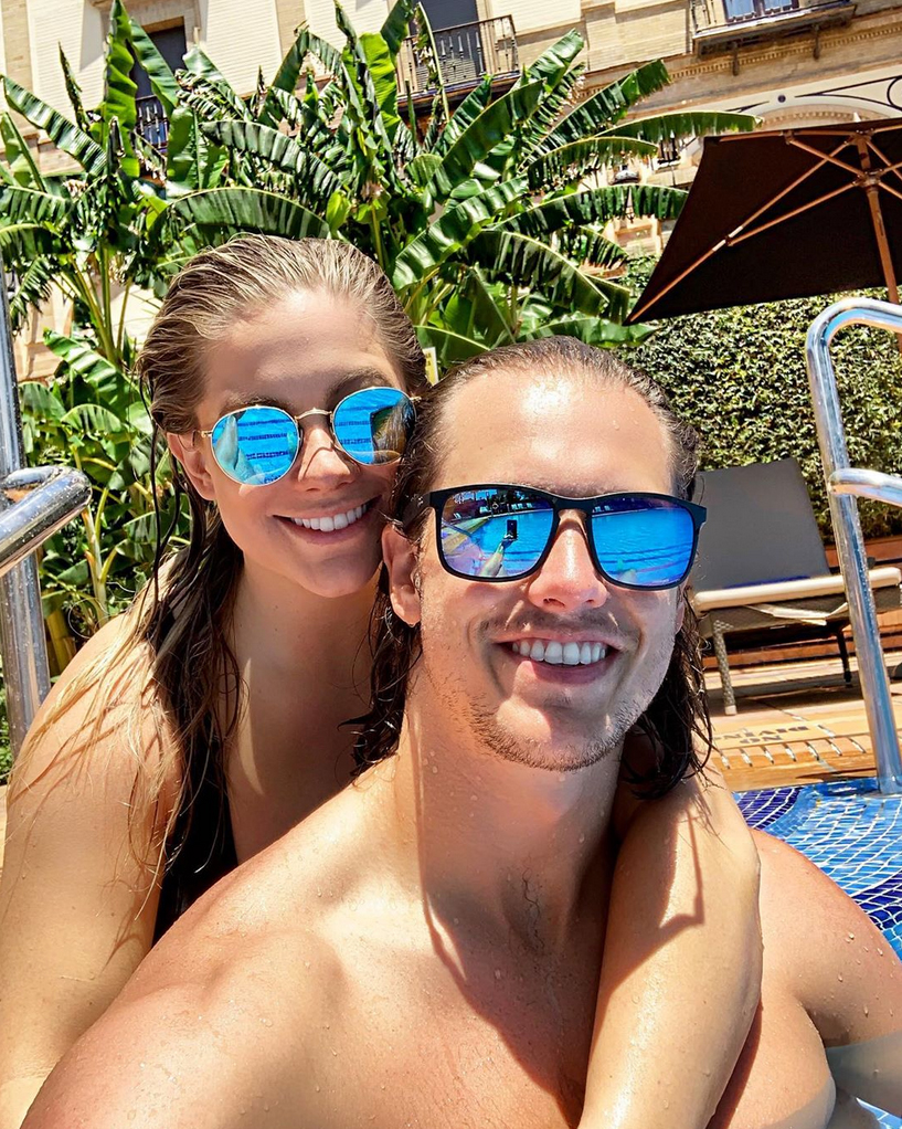 Shawn-Johnson-and-Andrew-East-Portugal-Babymoon-sunglasses