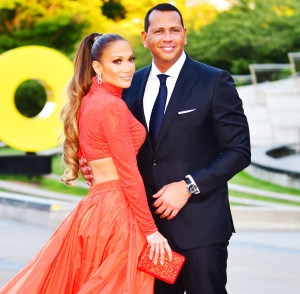 Alex Rodriguez Shares Throwback Video of Himself Describing His Ideal Date With Now-Fiancee Jennifer Lopez!