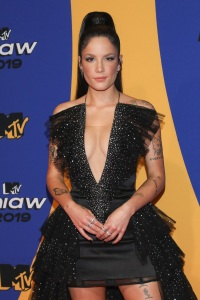 Halsey Posts Support for Taylor Swift After She Slams Scooter Braun for Buying Her Music Back Catalog