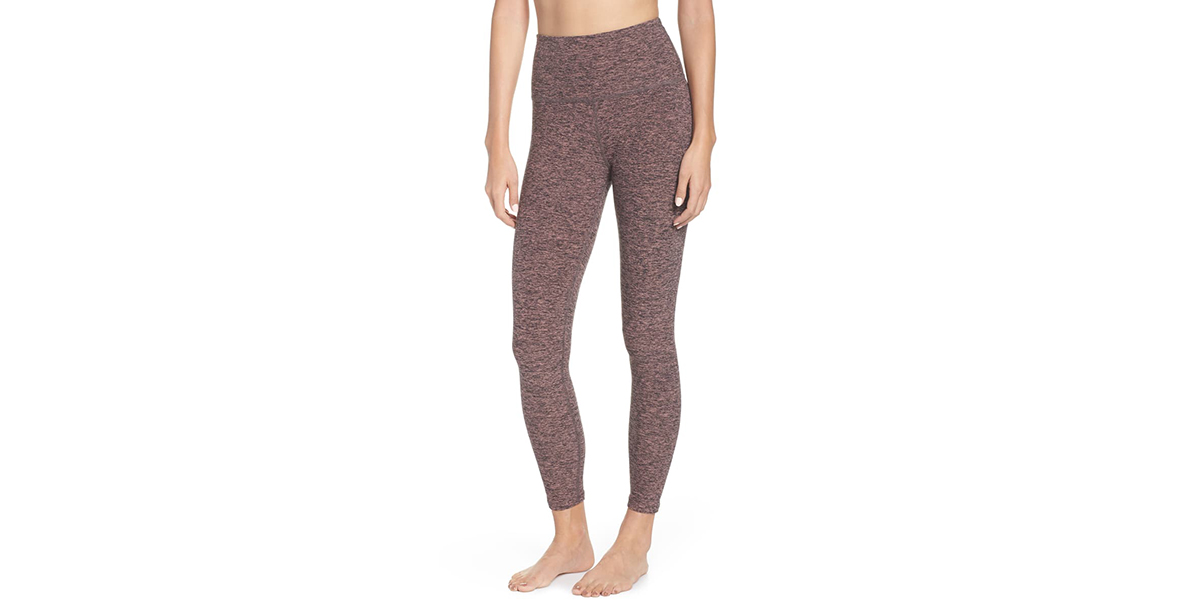 14c7201b734182 Nordstrom Shoppers Can't Stop Obsessing Over These Comfy Leggings