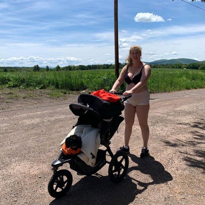 Amy Schumer Post-Baby Body At Beach
