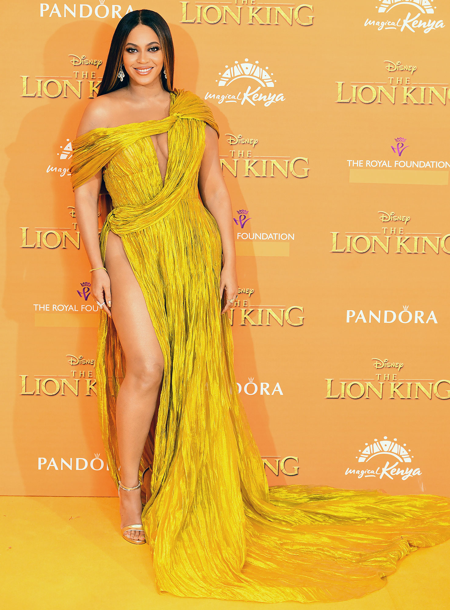 Beyonce Attends the Lion King Premiere Using Forty Dollar Body Luminizer