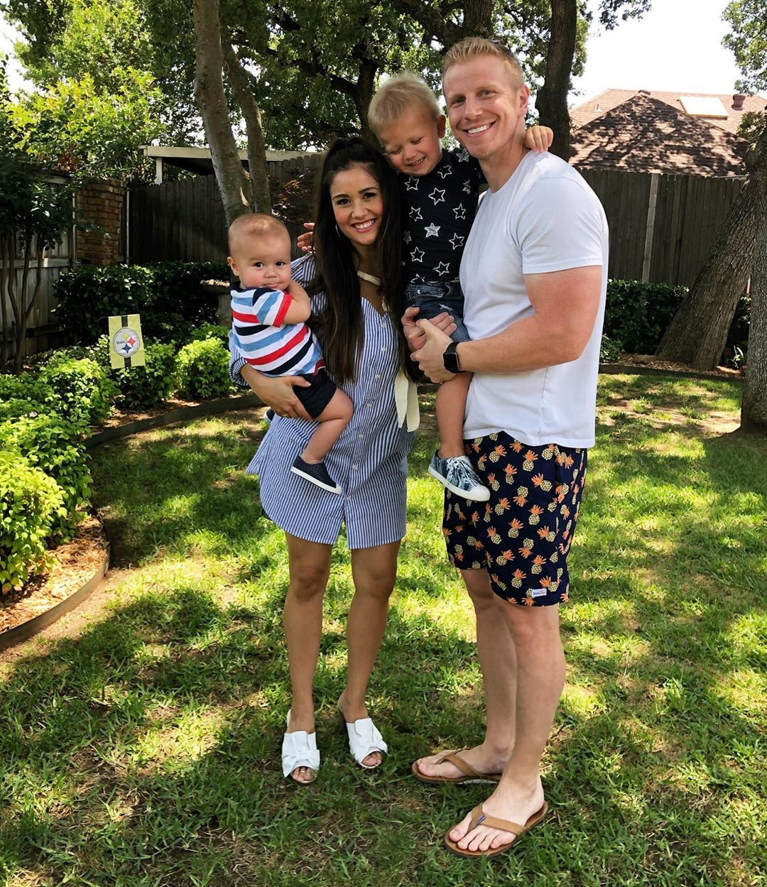 Catherine Giudici and Sean Lowe Family Album - The Lowe family celebrated Memorial Day 2019 in patriotic colors and a sweet family picture.