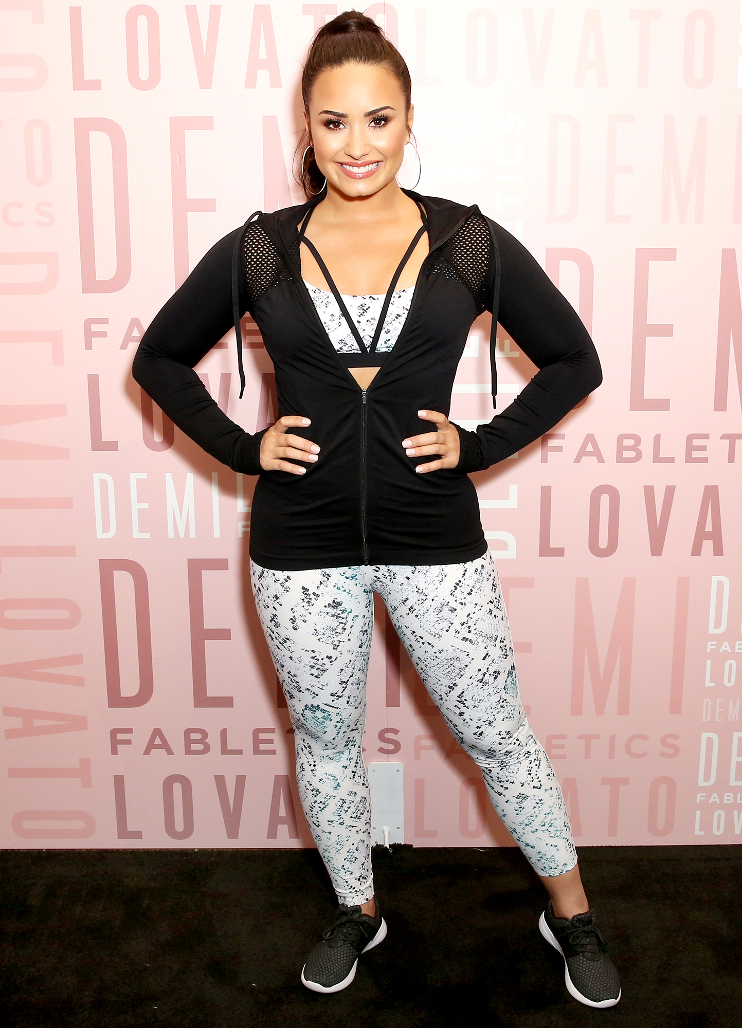 Demi-lovato-workout-fabletics