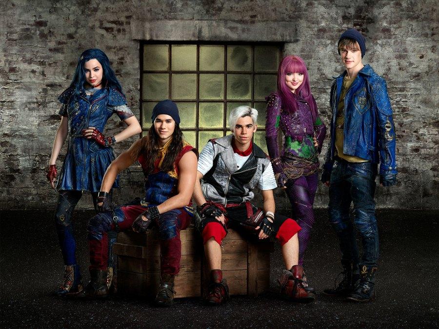 Descendants Cast Continues Pay Tribute Cameron Boyce