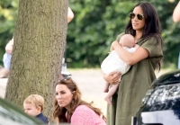 Duchess-Meghan-Duchess-Kate-Archie-Louis-Polo-Match
