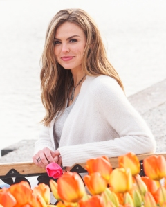 Hannah Brown Says The Bachelorette Aged Her