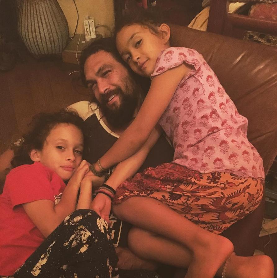 Jason-Momoa-and-Lola-and-Nakoa-fatherhood