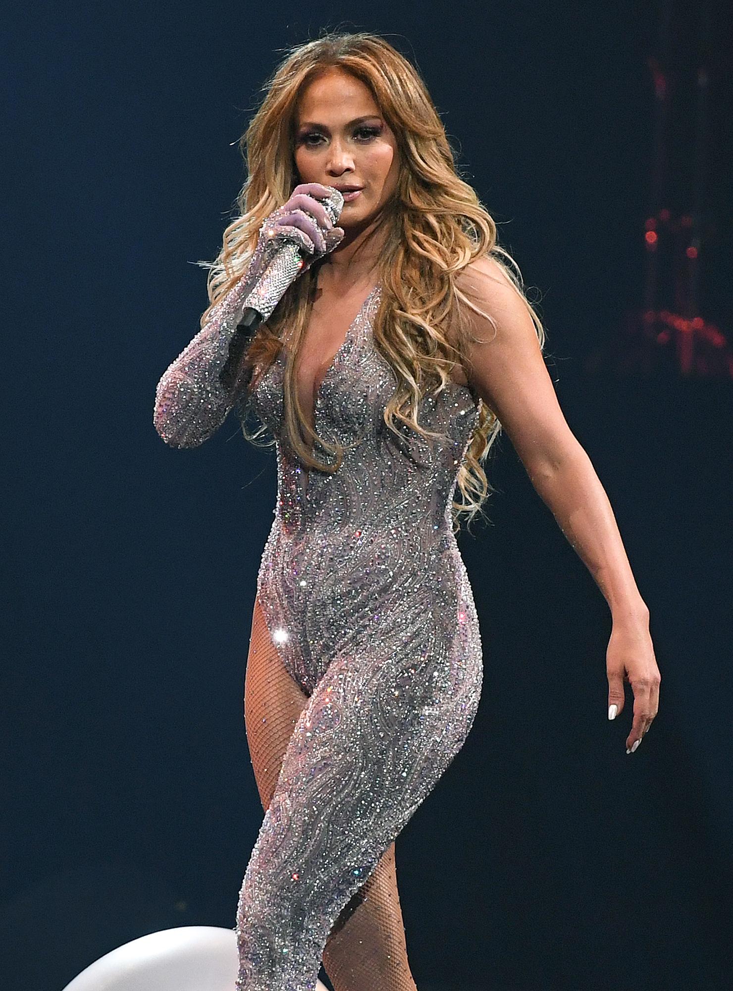 Jennifer Lopez Recalls 'Dramat...