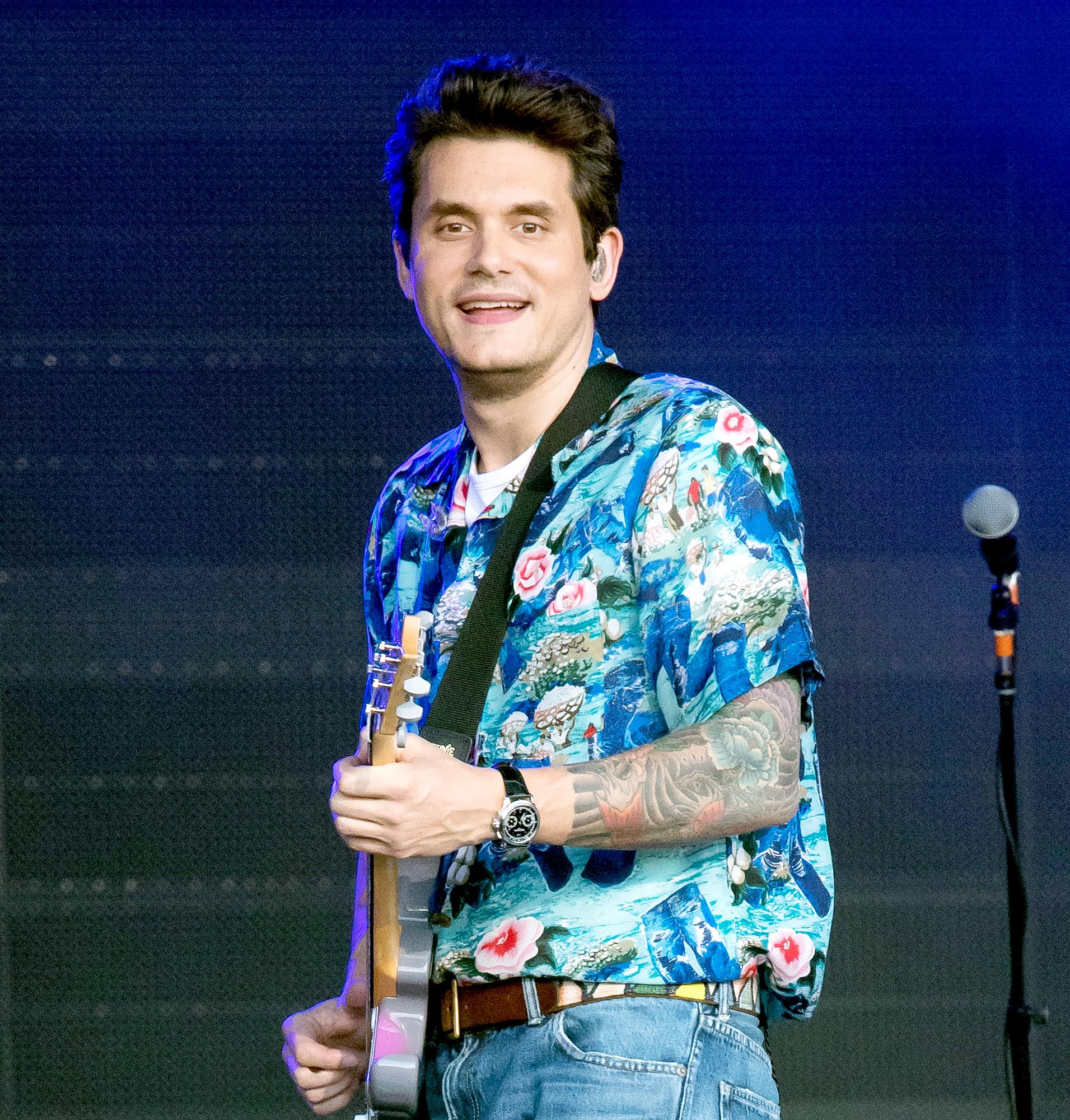 John Mayer Live In La: John Mayer Offers Funny Response To Fan Asking Why He's