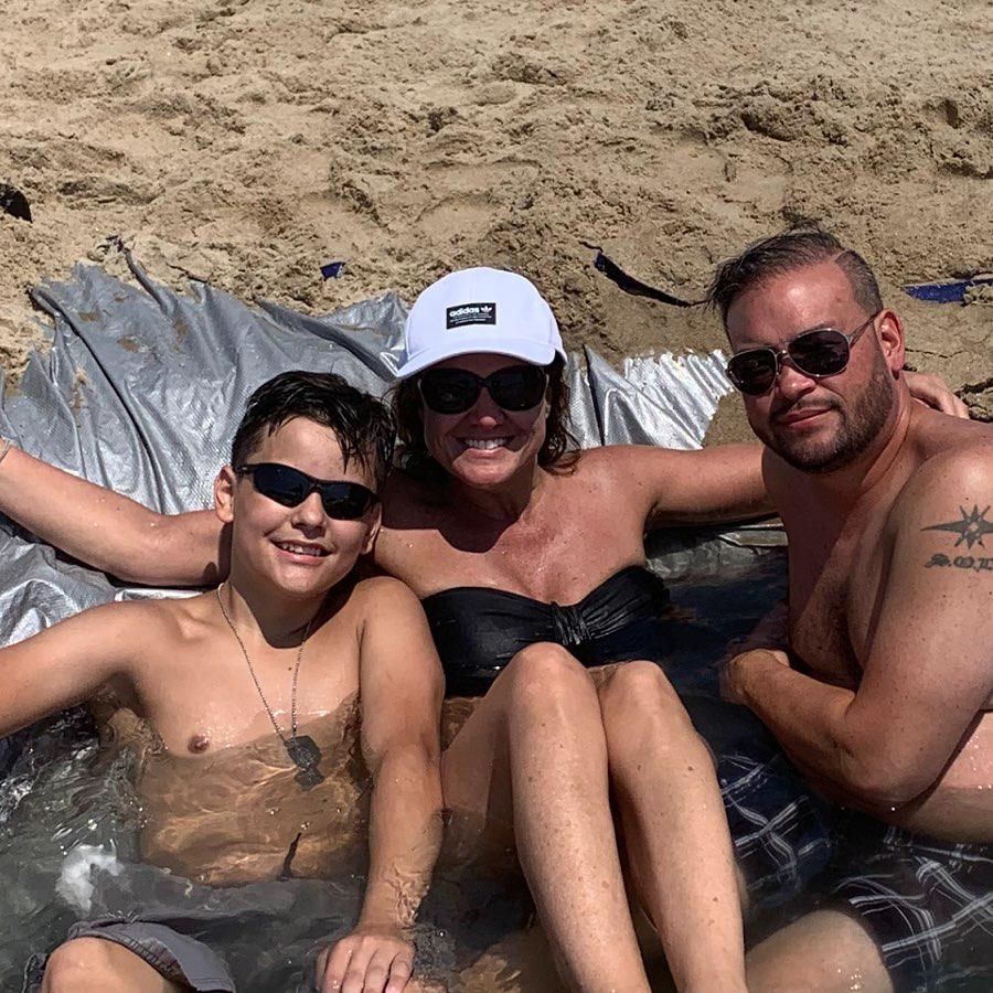 Jon Gosselin Beach with Son and Colleen Conrad