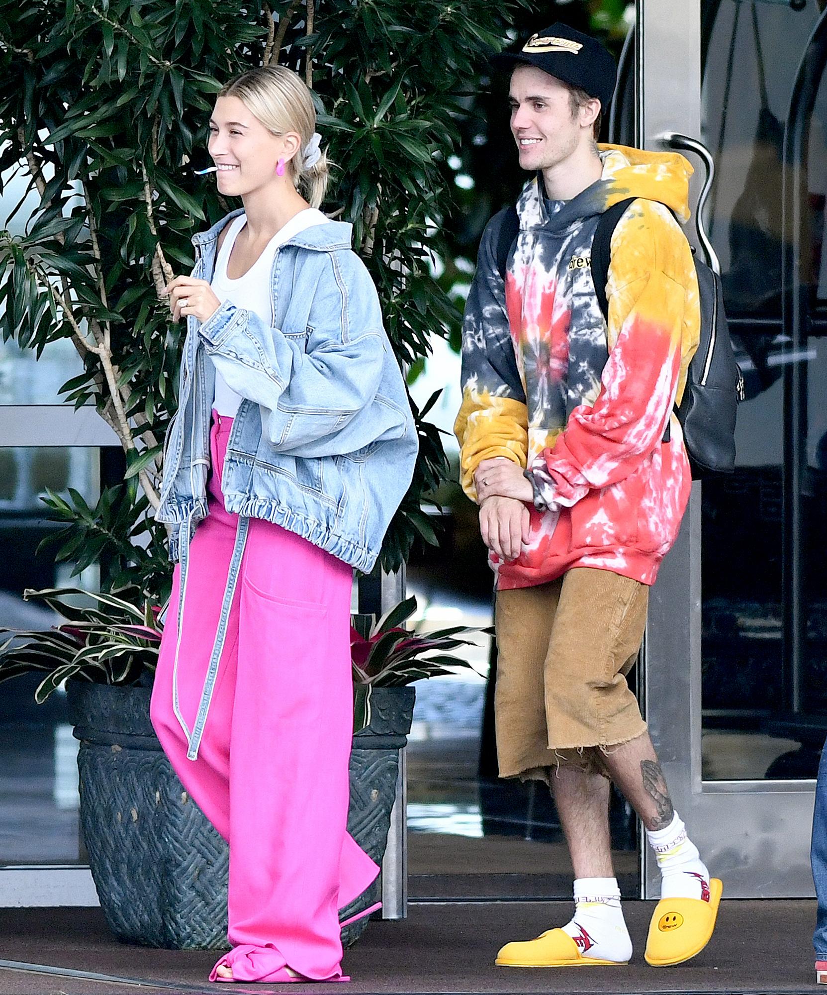 Justin-Bieber-Hailey-Baldwin-not-in-rush-for-kids