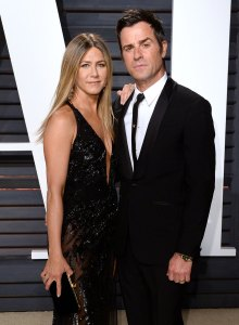 Justin Theroux and Jennifer Aniston Dogs Death