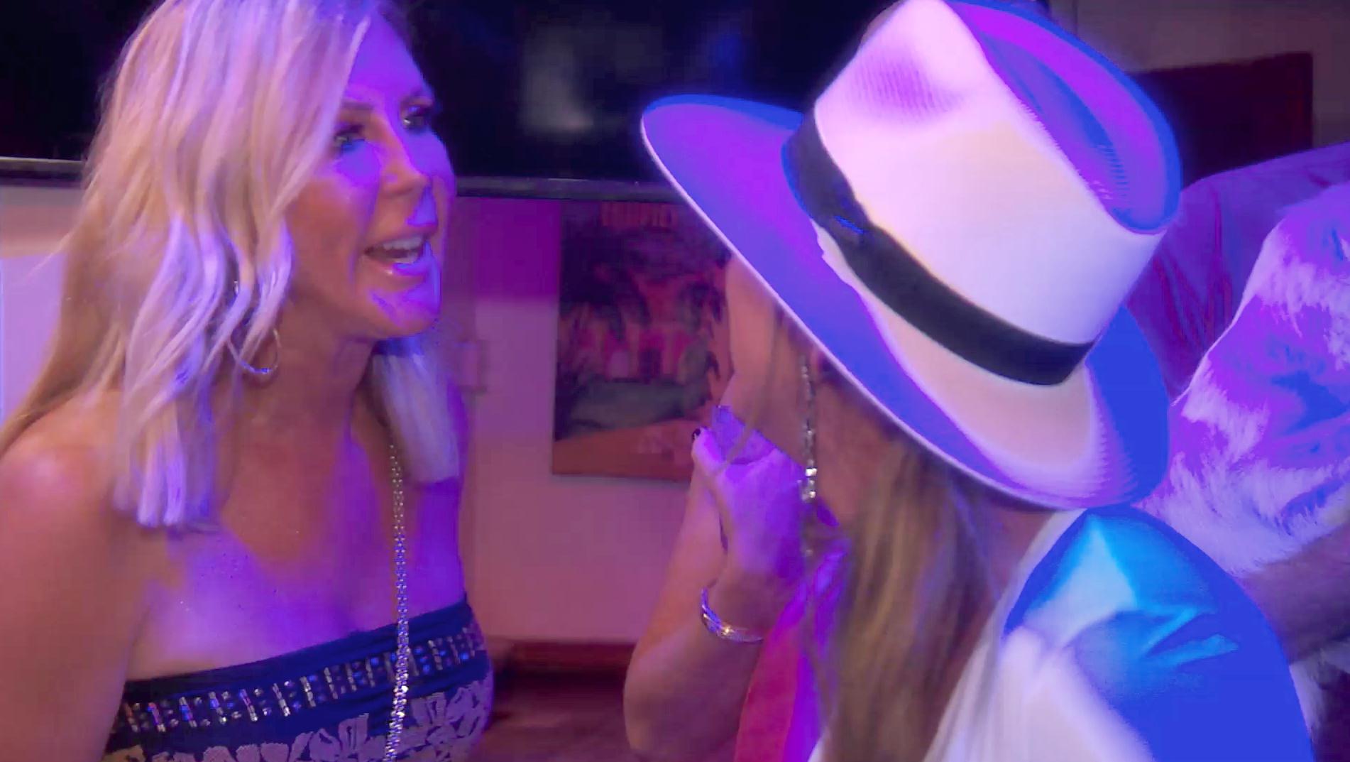 Kelly-Dodd-Calls-Vicki-Gunvalson-Con-Woman-RHOC'-Trailer
