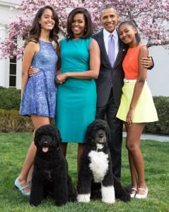 Michelle Obama Sasha Malia First Kiss White House