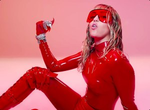 Miley Cyrus Has a Throwback Britney Spears Fashion Moment