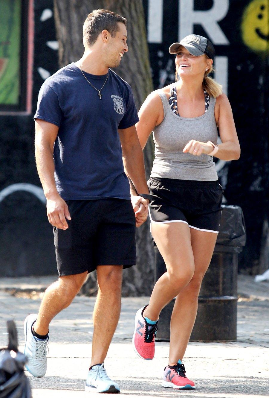 Miranda-Lambert-and-Brendan-McLoughlin-NYC-laughing-2
