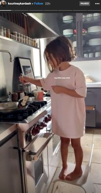 Penelope Disick Cooking With Snow White Apatula