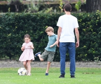 Princess-Charlotte-Prince-George-polo-match