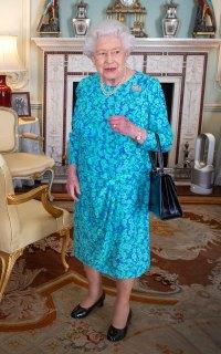 Queen Elizabeth Blue Dress July 24, 2019