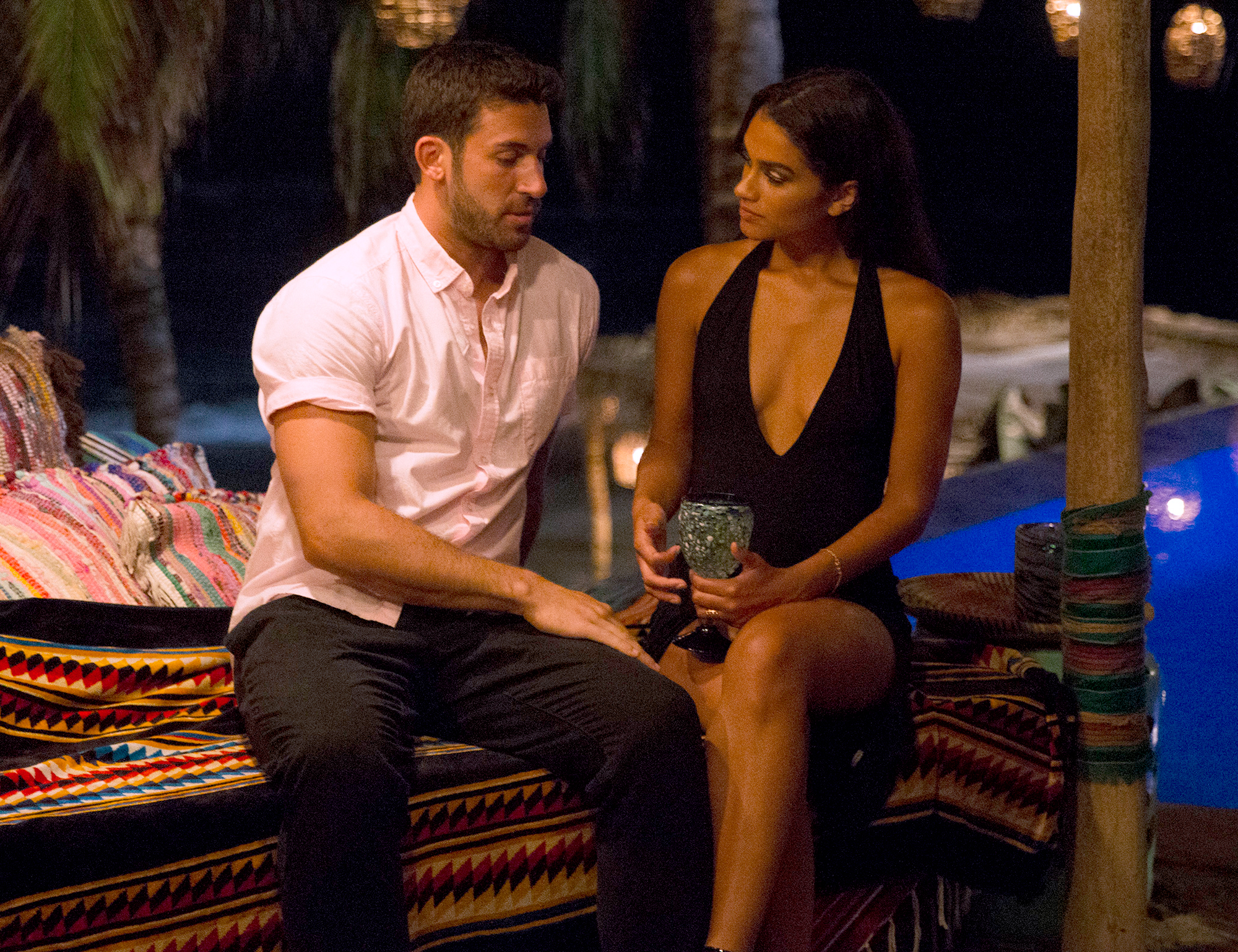 Taylor-Nolan-Reacts-to-Ex-Fiance-Derek-Peth-Bachelor-In-Paradise-2